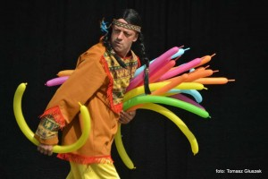 Teatr Łata - Podróże Dookoła Świata